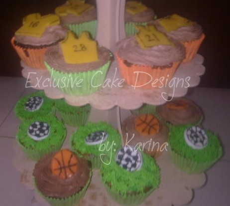 The Cupcakes Are Chocolate And Red Velvet Flavor Icing Was Royal Buttercream Design Is Made Out Of Marsmallow Sugar